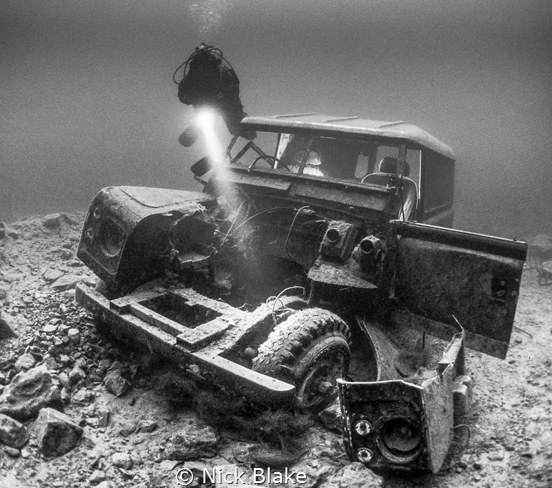 Landrover wreck, National Dive Centre, Chepstow by Nick Blake