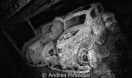 FIAT 1100, Umbria, Italian Navy, WWII military shipwreck ... by Andrea Pirondini