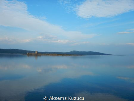 An island & coast view of Cunda island, Ayvalik, Turkey by Aksems Kuzucu