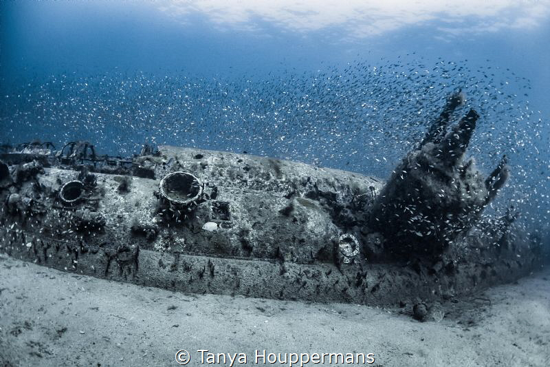 'Living History' - The mid-section of the U-352, showing ... by Tanya Houppermans