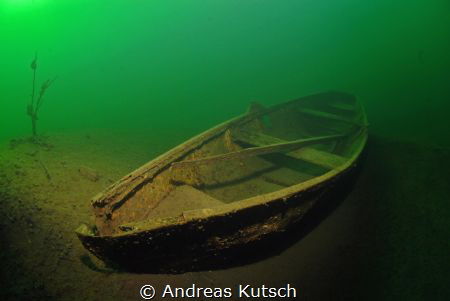 Little Wreck in Geiseltalsee by Andreas Kutsch