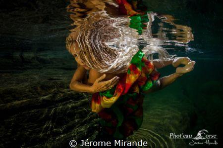 Ondulations by Jérome Mirande