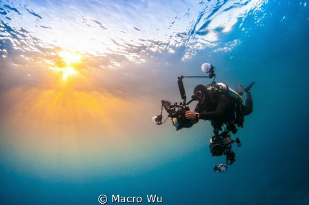 Underwater after day by Macro Wu