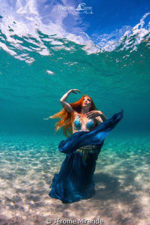 Dancing in the sea  Lexie mermaid by Jérome Mirande