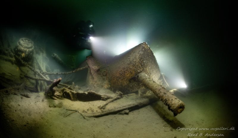 SMS Undine wreck laying on 47meter. this is one of the ca... by Rene B. Andersen