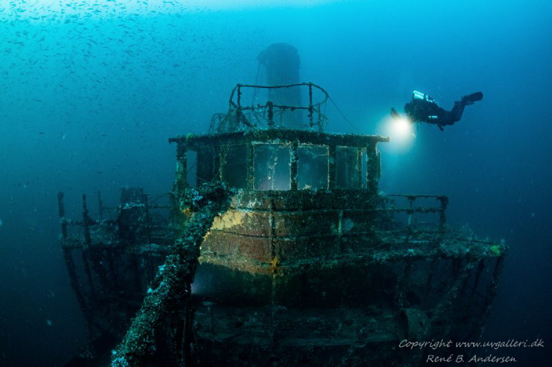 Vis wreck laying on 60m by Rene B. Andersen