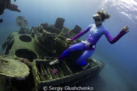 ... by Sergiy Glushchenko