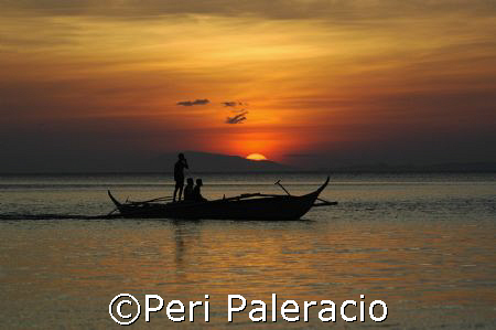 Going home/ Anilao, Batangas, Philippines by Peri Paleracio