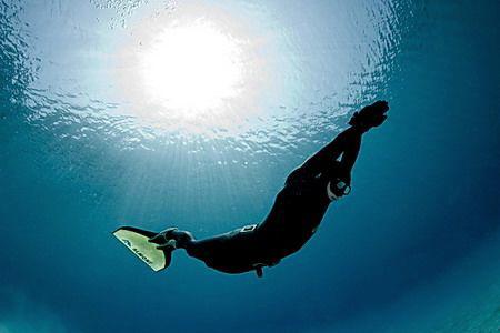 apnea diver by Miro Polensek