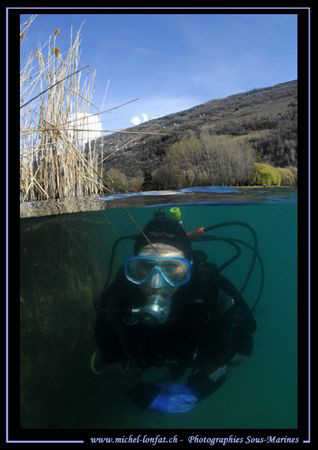 Yesterday's dive with my wife Caroline in the clear water... by Michel Lonfat