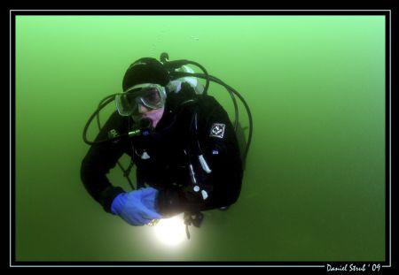 Divebuddy Pili_bond back from the Wels barge ... i love t... by Daniel Strub