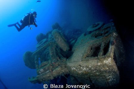 Diving on Zenobia by Blaza Jovanovic 