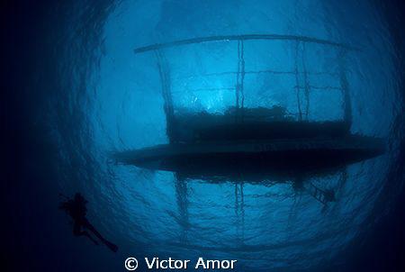 Bangka by Victor Amor