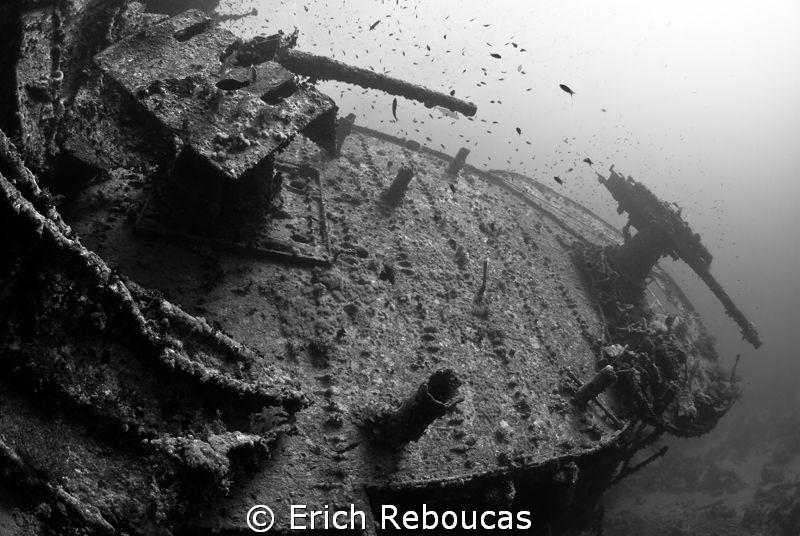 Stern guns - SS Thistlegorm by Erich Reboucas