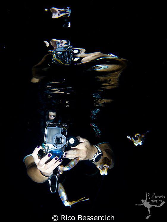 """UW Photographer v/s the Squids"" by Rico Besserdich"