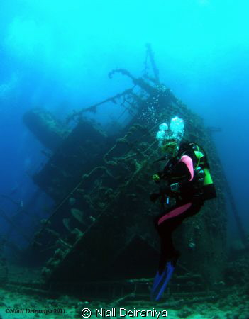 Wide angle shot of Giannis D Wreck with a model hovering ... by Niall Deiraniya