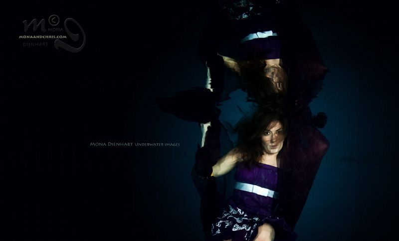 DARK ANGEL Underwater model shooting in the pool Model ... by Mona Dienhart