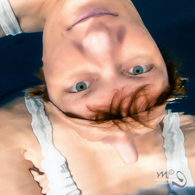 Me, myself & I! Self-portrait taken in the pool by Mona Dienhart