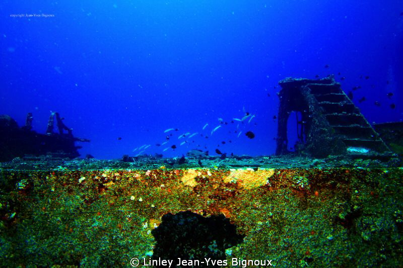 Centre hull of Hasan Mian -Mauritus island -Indian Ocean... by Linley Jean-Yves Bignoux