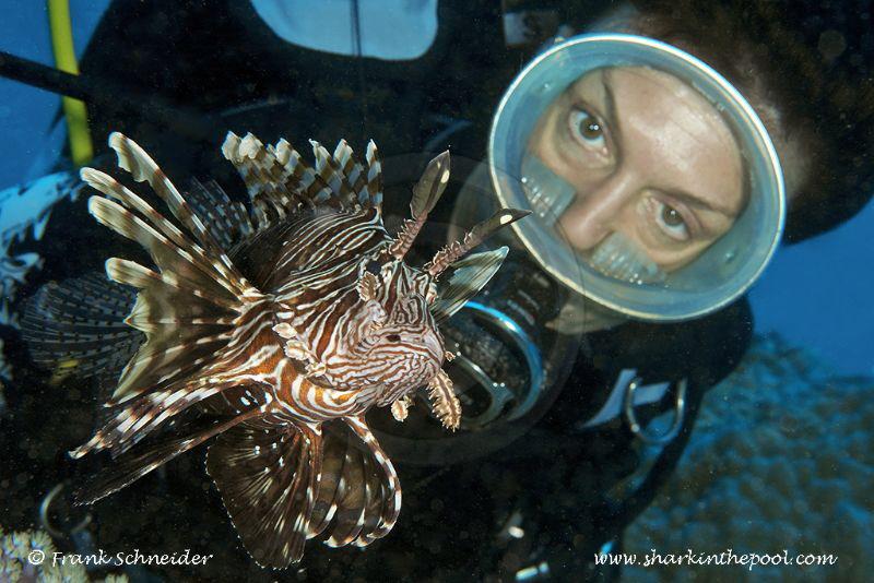 Model and lionfish; Model: Leda; Nikon D3, Zoom f2.8/14-2... by Frank Schneider