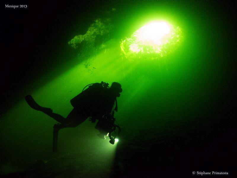 Green light by Stéphane Primatesta