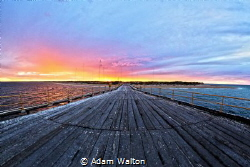 Taken after an afternoon dive on the navy pier at Exmouth... by Adam Walton