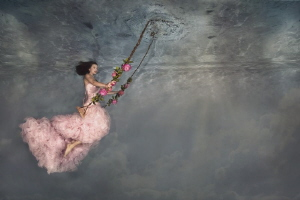 Underwater swing by Lucie Drlikova