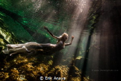 Underwater Trash The Dress in Cenote. Riviera Maya by Erik Anaya