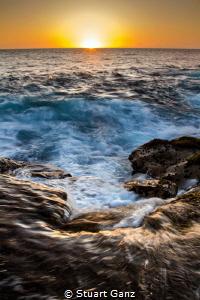 Kona sunset by Stuart Ganz