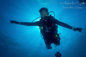 Diver with Sunray by Alejandro Topete