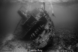 The Giannis D wreck by Leena Roy