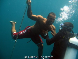 Zaki is freediving by Patrik Engstrom