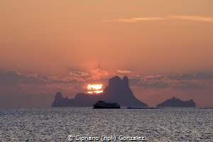 Coming back from a nice diving day at Fomenter by Cipriano (ripli) Gonzalez