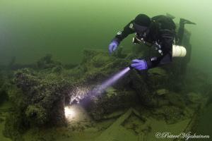 Veere harbour fishing boat wreck. Saarenmaa. Estonia. by Petteri Viljakainen