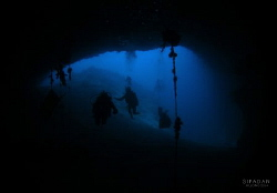 breathtaking view at Sipadan Cavern  (where the turtle t... by Kf Leong