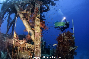Wreck by Sergiy Glushchenko