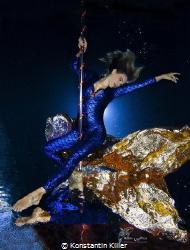 Pooldance  Model: Andrea Stern Ort: Worms 11.2014 Foto... by Konstantin Killer