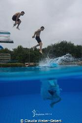 JUMP!  Having fun in the pool by Claudia Weber-Gebert
