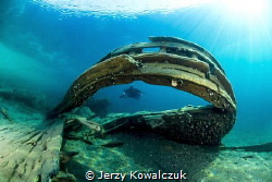 Wreck of the Alice G in Tobermory Ontario by Jerzy Kowalczuk
