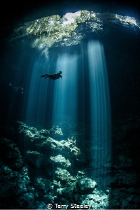 'Lone diver explores the depths of The Pit. An amazing si... by Terry Steeley