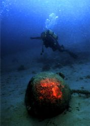 Sea mine from the the WW II. 45m deep with a self-made fi... by Gyula Zombor