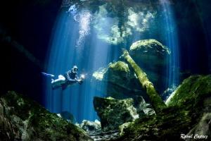 Cenote Tajma Ha atmosphere by Raoul Caprez