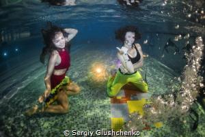 Dancing underwater by Sergiy Glushchenko