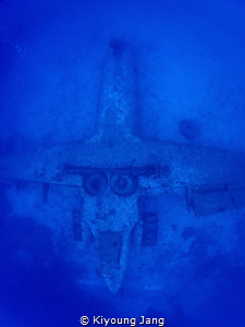 Plane wreck of Boracay by Kiyoung Jang