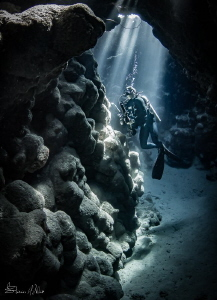Lesson one with Alex Mustard Red Sea trip- Light Rays by Steven Miller