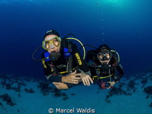 I Always meet good Dive Buddys when i travel on my own....;) by Marcel Waldis