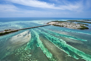 Ohio Missouri channel from air (Florida keys) by Mathieu Foulquié