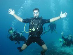 Martin posing underwater by Brenda Van Gestel