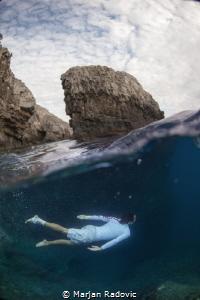 Dive IN by Marjan Radovic