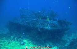 Tank wreck @43 meters down below by Vincent Guenoden